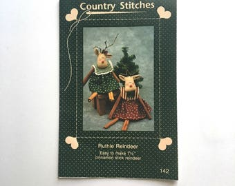 Country Stitches Ruthle Reindeer, Cinnamon Stick Reindeer Pamphlet, Directions  - 1990