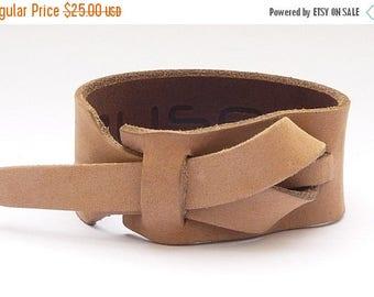On Sale Safari Taupe Leather Cuff, Men's Leather Bracelet. Woman's bracelet, Bracelet,