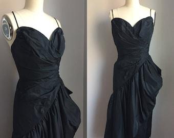 Vintage 1950's Jet Black Ruched Taffeta Cocktail Party Dress Size XS