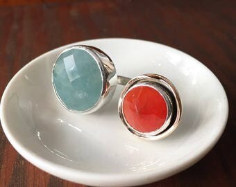 Aquamarine and Carnelian dumbell ring