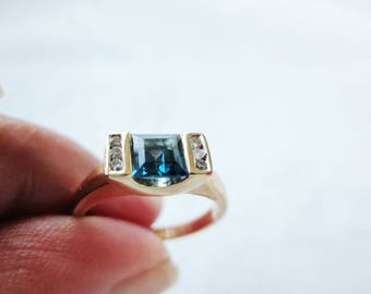 10K Blue Topaz Diamond Ring Yellow Gold Estate Fine Jewelry Size 6.5