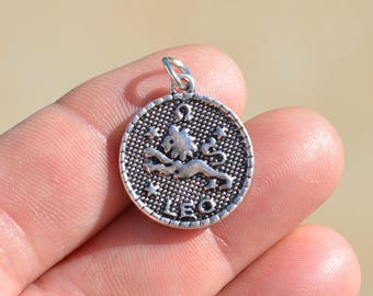 1 Silver Leo Zodiac Charm SC2392
