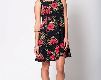 40% OFF The Vintage Black and Pink Hawaiian Print Hibiscus Floral Grunge Summer Dress