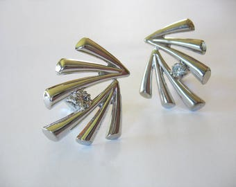 Rhinestone Fan Earrings, Silvertone, Spray, Abstract Design, Center Stone, Circa 1970, Clip on