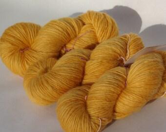 100% wool fancy gold - 100g