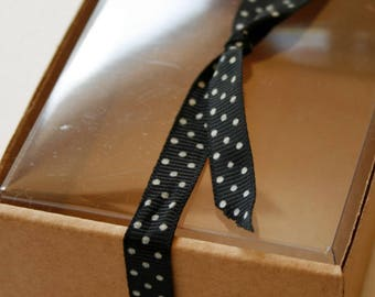 """Heavy Kraft Cardboard Boxes set of 36 - Clear Top - Perfect Size for Gifts or Packaging - 6 1/2"""" x 5-5/8"""" x 2-1/8"""" Medium"""