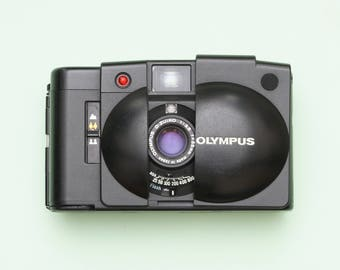 Olympus XA 2 Compact Film Camera with Zuiko 3.5/35mm lens - Fully working
