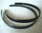 "Black Plastic Headbands, Headbands in Bulk, 1/2"" Wide (8)"