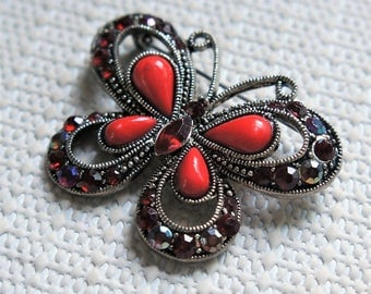 Vintage Rhinestone Brooch Butterfly Pin Ruby Red Silvertone Costume Jewelry Bug