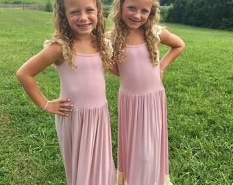 Flower Girl Dress, Boho Flower Girl Dress-Vintage Flower Girl Dress- Junior Bridesmaid Dress- Twirling Dress- Flower Girl Dresses-