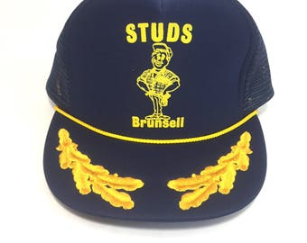 Capitan hat for studs construction company