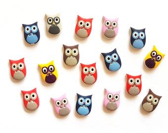 25pcs Fancy Owl Buttons 2 Holes Size 20mm X 15mm Red Pink Orange Yellow Navy Brown Colors