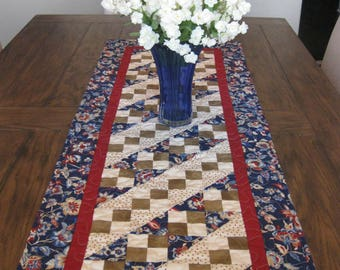 Jacobs Ladder Quilted Table Runner