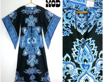 STUNNING Vintage Blue & Black Paisley Ethnic Boho Maxi Dress with Angel Wings, Lightweight!