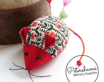 Prym Scandanavian Floral Red Mouse Pin Cushion