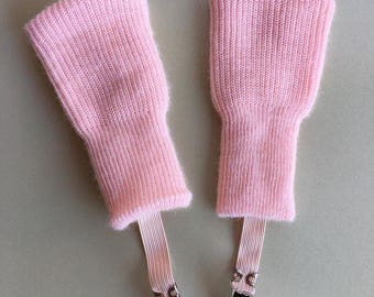 Pink vintage girls infant mittens with clips