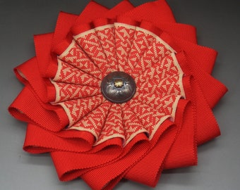 Layered Two Tone Red Wheel Cocarde Applique