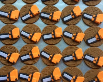 12 Chainsaw cupcake toppers
