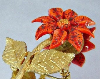 SALE Vintage Red Flower Poinsettia Brooch.  Red Glitter Flower Pin.  Christmas.  Red and Gold.