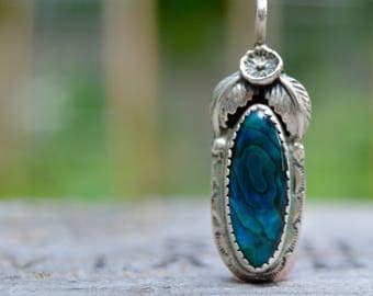 Vintage Circle J.W. Old Pawn 925 Sterling Silver Abalone . Blue . Pendant