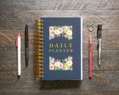 40% OFF Medium Daily Planner (400 Pages / SUPER THICK)   12 Months   Navy Floral Frames