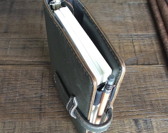 leather planner, waxed moss green, green planner, leather binder, army green, organizer, simple, thick and sturdy, handstitched, veg tanned