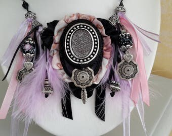 Bohemian necklace chic silk and feathers