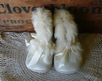 White Baby/Toddler Boots, Vintage Girl's Boots with Fur, Vintage Girl's Shoes