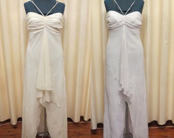 Vintage Made In Australia Sexy Ivory and White Simple Full Length Beach Wedding Dress with Peek a Boo Cut Out in the Skirt 2 Colours