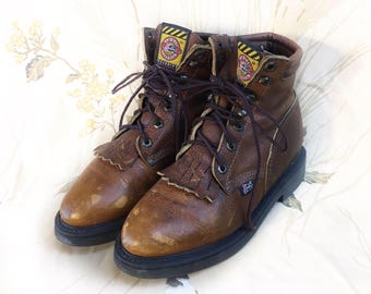 Vintage Justin brown leather lace up kiltie boots // size 7