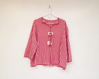SALE Vintage 1970s Soft Red and White Plus Size Plaid Bow Top