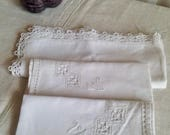Vintage French & Irish Napkins / White Cotton and Linen 3pc - Open work embroidery Vintage Home Decor / Placemats Serviettes
