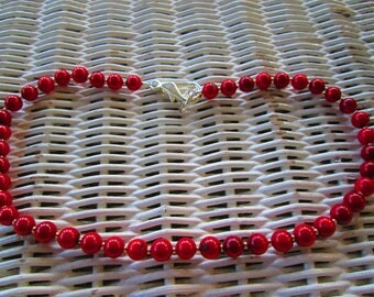 534 Red 8mm round dyed bamboo coral beads