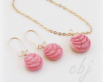 Pan Dulce Jewelry Set, Concha Jewelry Set, Gold Filled, Pan Dulce Charm Necklace, Pan Dulce Earrings, Concha Necklace and Earring Set