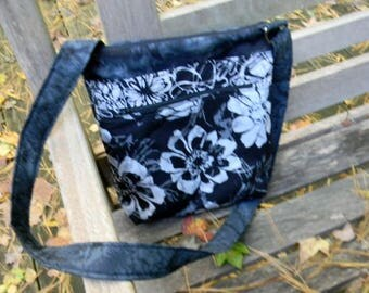 Black and White Floral Batik Zipper Purse with six pockets
