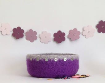 FELTED 'FUSSPOT' bowl .  ' Majestic'  ( with Mother of Pearl buttons)  UK seller ...ready to ship...
