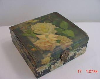 Antique Victorian Era Box With Flower Motif  17 - 987