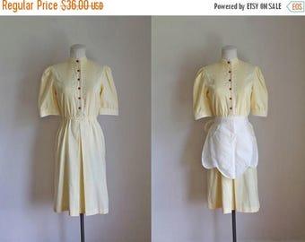 20% off SALE vintage 1980s day dress / LEMON PIE waitress dress / S