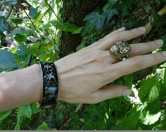 Antique Skull Ring, A Victorian Gothic Memento Mori Talisman, offered by RusticGypsyCreations