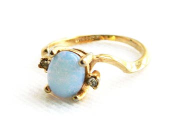Vintage 18K Gold Plated Blue Opal & CZ Solitaire Ring - Art Glass Opalite - Wedding Engagement Ring - Cocktail Dinner - Size 7 - Lovely