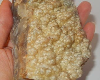 Plume Agate chunk, with lovely bytroidal top