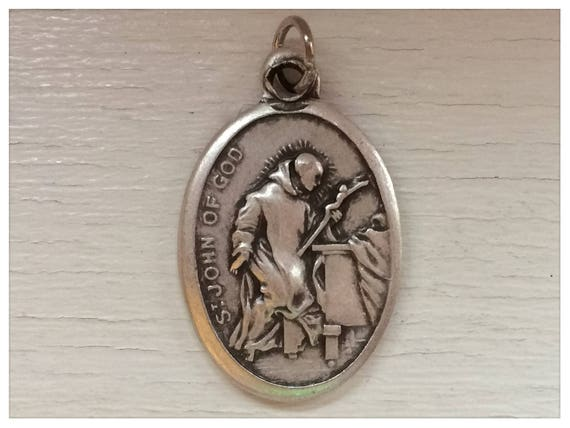 5 Patron Saint Medal Findings, St. John of God, Die Cast Silverplate, Silver Color, Oxidized Metal, Made in Italy, Charm, Religious, RM306