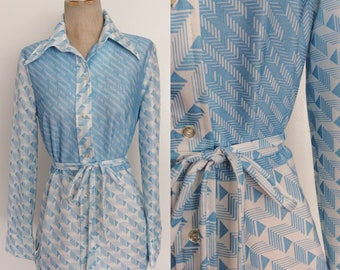 1970's Pale Blue Geo Print Polyester Button Up w/ Matching Tie Size Small Medium by Maeberry Vintage