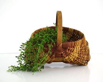 Woven Dual Well Egg Basket / Rustic Farmhouse Decor