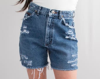 Vintage Lee Jeans Denim Cutoff Shorts * Reworked Distressed Ripped Frayed High Waist Hi – Rise * Size 4 / XS / Waist 25 * FREE SHIPPING