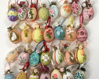 "Vintage 2 1/2"" hand painted Easter egg ornament (29) Eggs"