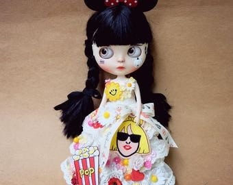 Blythe Limited Edition Flowers dress No.1