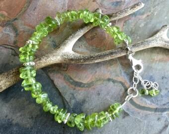 Peridot Bracelet,Wire Wrapped Green Peridot Bracelet, Peridot Jewelry, Peridot August Birthstone, Peridot Gemstone Bracelet,