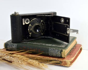 Vintage Camera Kodak Vest Pocket Model B 1920s 1930s