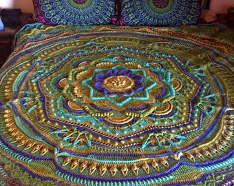 QUEEN SIZED mandala madness blanket